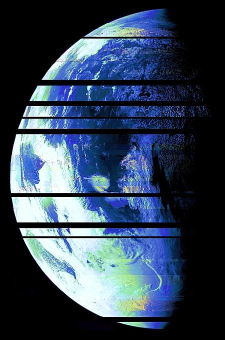 Juno-erde-color