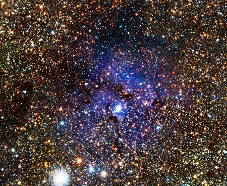 VISTA views the Trifid Nebula and reveals hidden variable stars