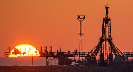 Expedition 43 Soyuz Rollout