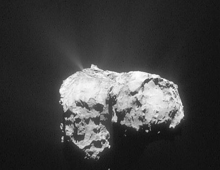Comet_on_12_November_2015_NavCam