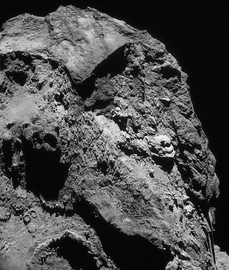 Comet_on_13_June_2016_NavCam