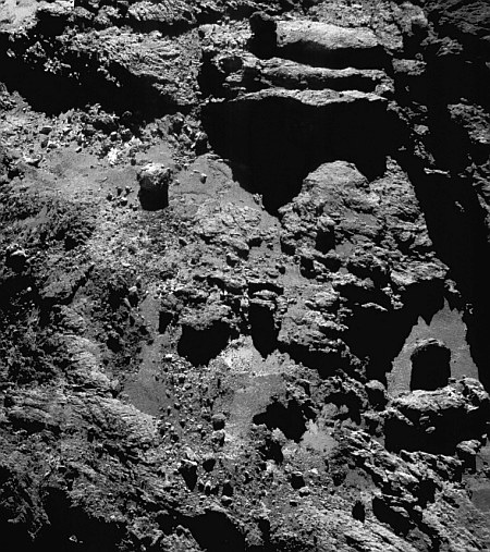 Comet_on_9_July_2016_NavCam