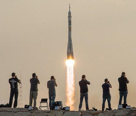 Expedition 48 Launch