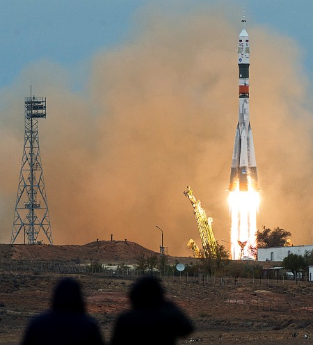 Expedition 49 Launch